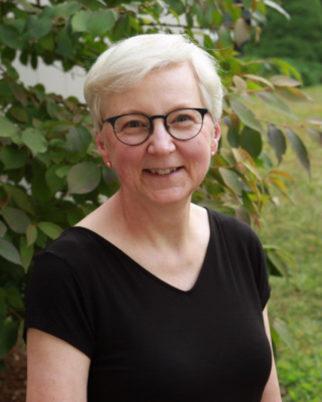 Diane Duggin headshot