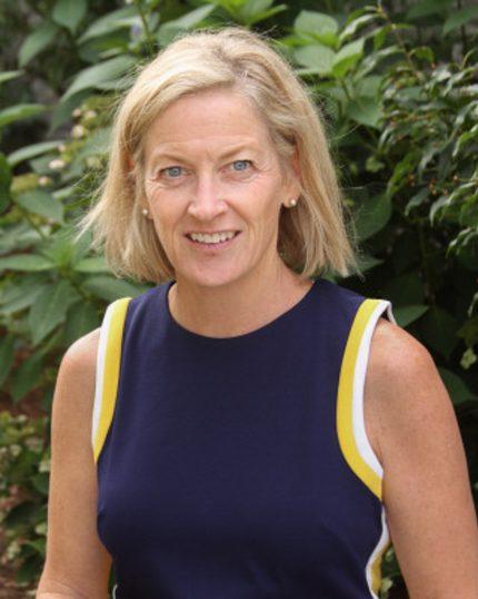 Colleen Hultgren headshot