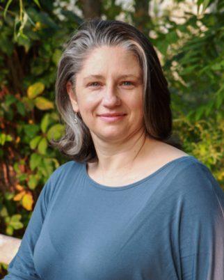 Laura Foody Headshot