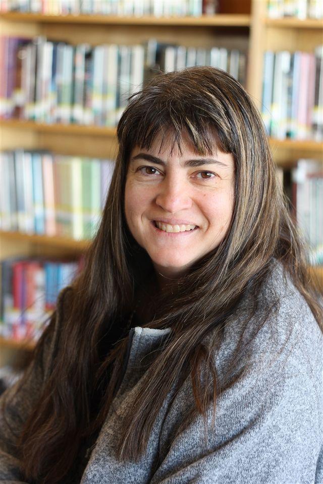 Karen Bacardi headshot